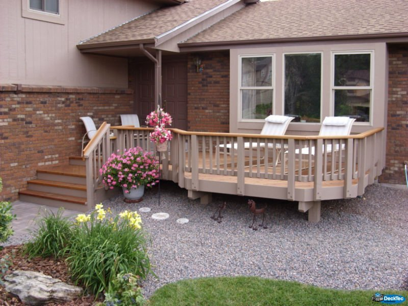 Front entry decks decktec outdoor designs for Front entry decks